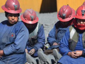 """""""Inclusive miners"""": for an ASM sector with gender equity and best environmental practices"""